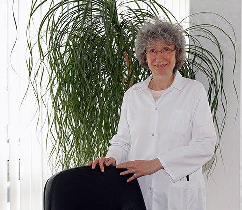 Dr. med. Christiane Marks - Hausarzt in Siegen - Praxisteam